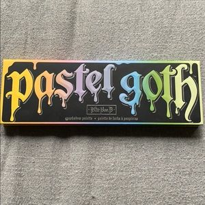 KVD pastel goth palette